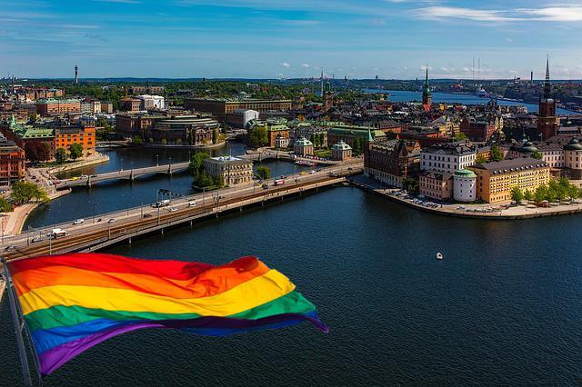 İsveçte çekirdek aile tanımı değişiyor