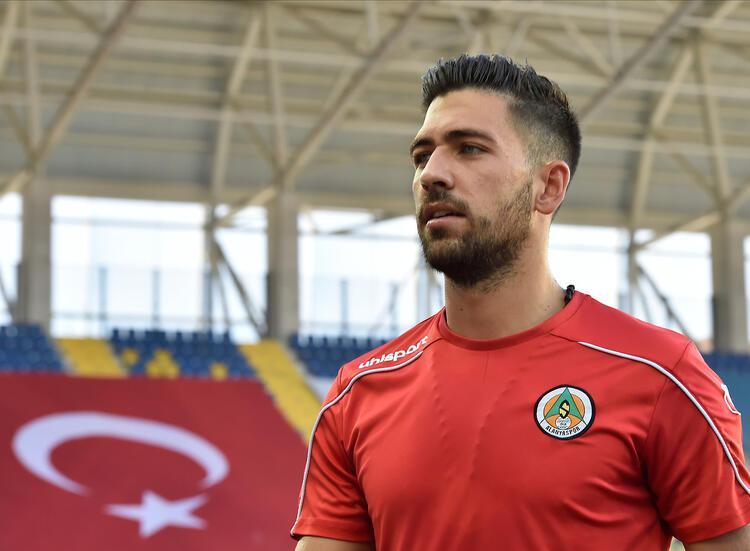 Erol Bulut, Bakasetas'ı Fenerbahçe'ye getiriyor