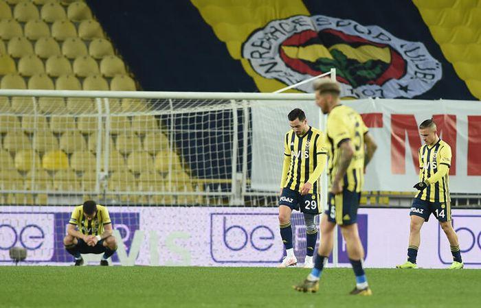 Fenerbahçe, evinde kayıp