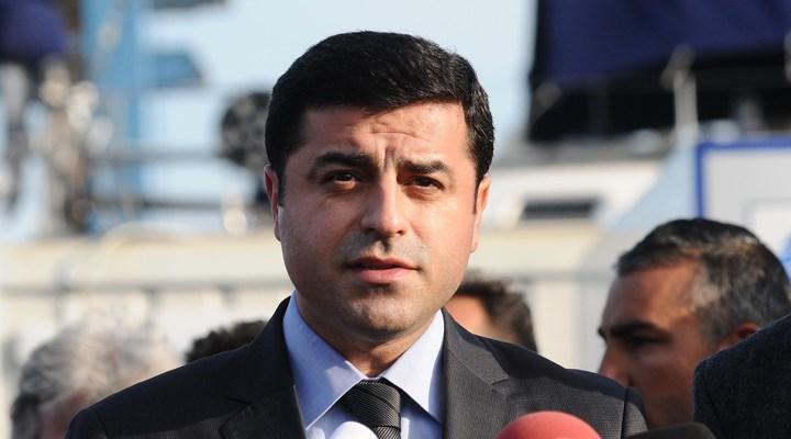 Demirtaş'a Cumhurbaşkanına hakaret iddiasıyla 3.5 yıl hapis cezası