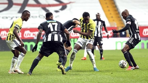 Fenerbahçe derbide Beşiktaş'tan 1 p...
