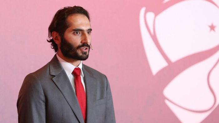 Milan'da forma giyen Hakan Çalhanoğlu'nun bu sezon ki performansı hakkında neler söylersiniz?
