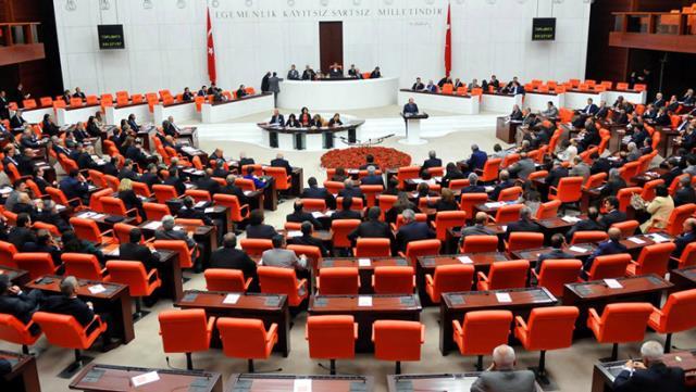 Son Dakika: AK Parti, Mısır ile dostluk grubu oluşturulması için TBMM'ye kanun teklifi verecek